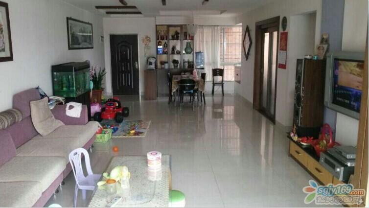 宽敞实用的客厅